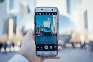 Samsung Galaxy Phone Cloud Gate Photo